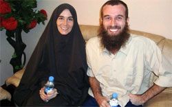 Amanda Lindhout and Nigel Brennan shortly before their release. Source: AFP
